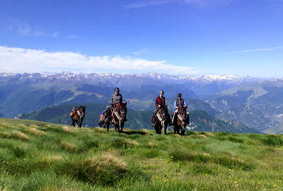 Horseback expedition in the Pyrenees