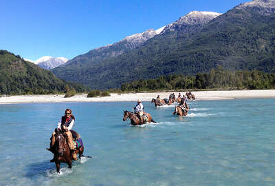 Horseback vacation and grand traverse of the Andes