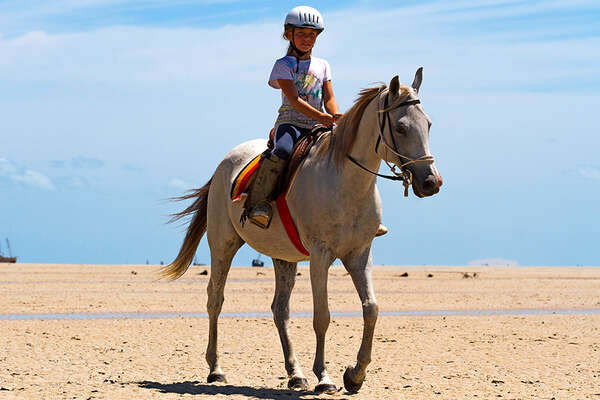 Horse riding beach holiday in Mozambique