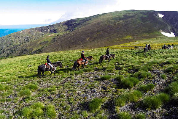 Horse riding holiday in The Pyrenees
