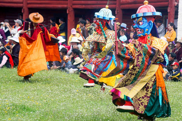 Horse riding pack trip and Tagong Festival Tibet China