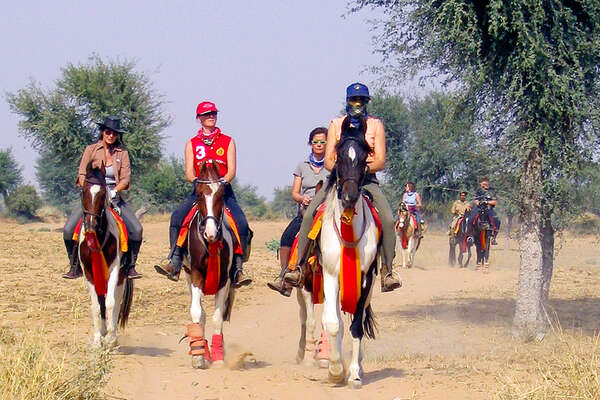 Horse riding safari and visit to Pushkar Fair in Rajasthan