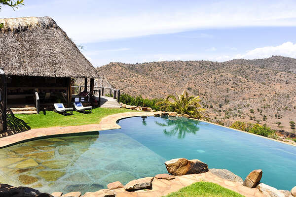 Luxurious horseback safari in Kenya