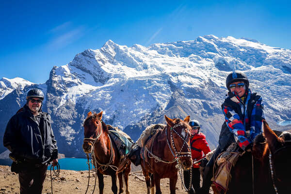 Visit the famous sites of Peru on horseback